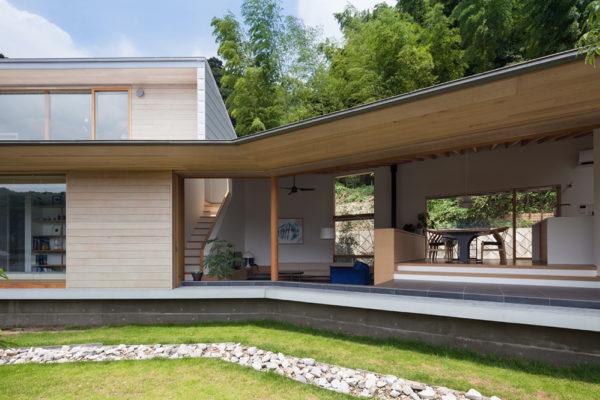 Takao-House